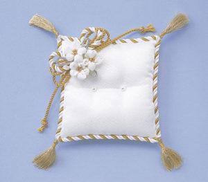 お花のリングピロー [RP-5 (白/金)]